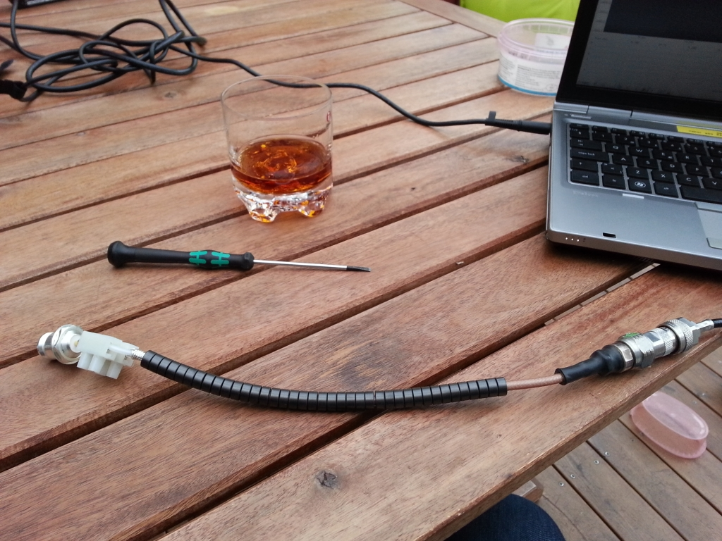 Balun for measuring the antenna with VNA. Balunmaking in the evening goes very well together with enjoying a glass of XO Rum ;)